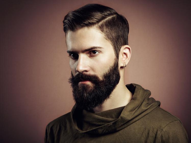 Corte de pelo hipster con barba
