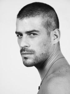los-mejores-cortes-de-cabello-para-hombre-2015-corte-rapado-corte-buzz-600x800